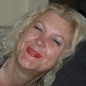 Yvonne Heslinga